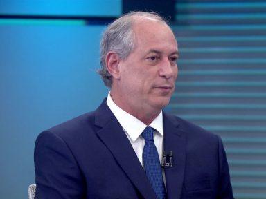 Ciro condena servilismo de Bolsonaro a Trump