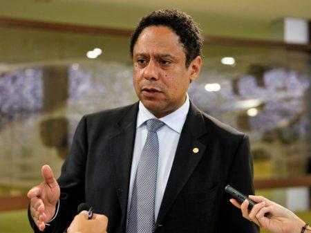 """""""Reforma da Previdência, nem a pau!"""", diz deputado"""
