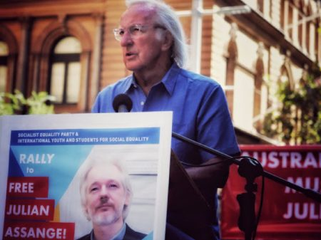 A prisão de Assange é a indecência contra a coragem