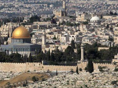 Professor da UnB: Bolsonaro afronta ONU ao apoiar anexação de Jerusalém por Israel