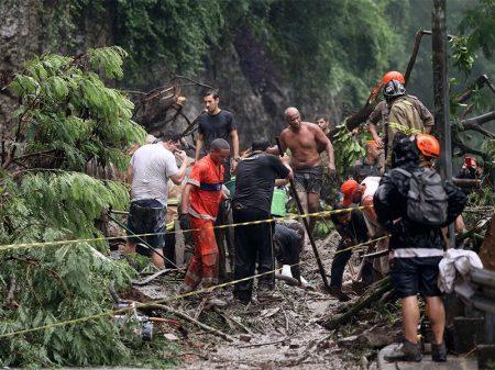 Sobe para 8 o número de mortos após as chuvas no Rio de Janeiro