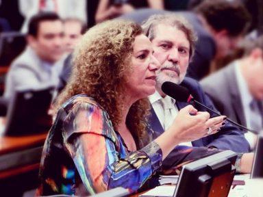 """Jandira: """"reforma de Bolsonaro vai tirar R$ 915 bilhões de quem não tem"""""""