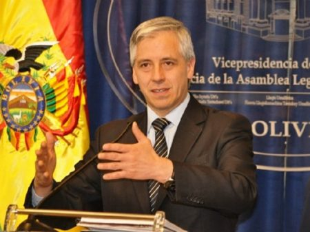 "Vice-presidente da Bolívia: ""Má gestão econômica traz sofrimento ao povo venezuelano"""