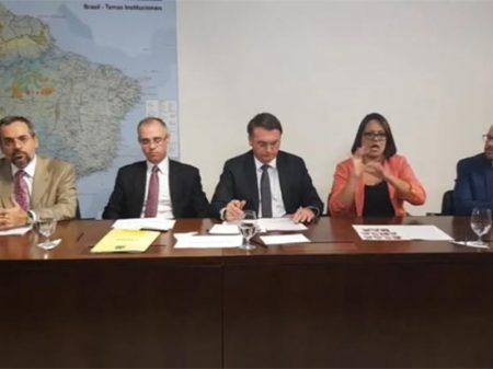 Declarações de Bolsonaro revelam ignorância sobre filosofia e sociologia, dizem entidades