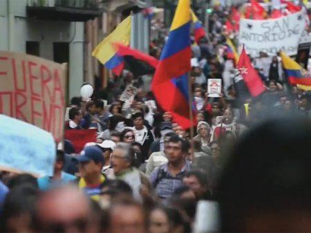 """Equatorianos nas ruas pela liberdade de Assange: """"fora, Moreno"""""""