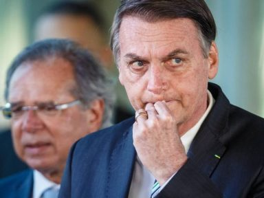 """Ninguém vai me pegar"", diz Bolsonaro"