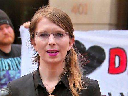 Manning é presa de novo por  negar-se a mentir contra Assange