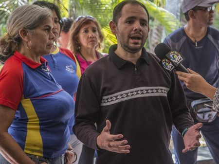 """Sindicatos venezuelanos proclamam: """"Não queremos nem Maduro, nem Guaidó"""""""