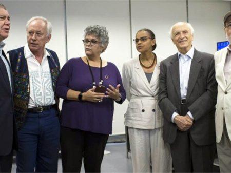 Ex-ministros condenam ações de Bolsonaro contra o Meio Ambiente