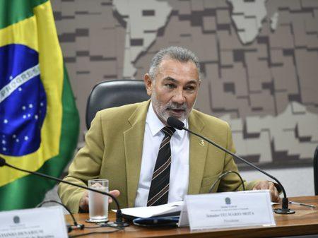 """""""Weintraub é marionete de Paulo Guedes pelos interesses dos banqueiros"""", diz senador Telmário"""