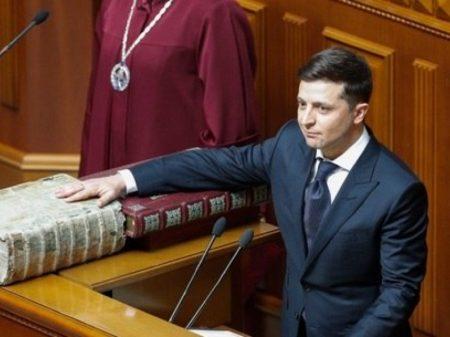 Ucrânia: novo presidente   dissolve Parlamento e antecipa eleições