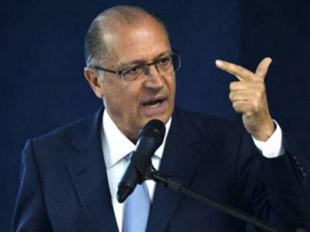 """Alckmin, na convenção do PSDB: """"Bolsonaro é oportunista e desleal"""""""