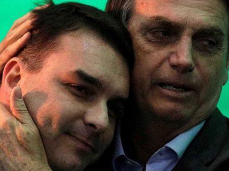 Promotores que flagraram roubo de Flávio Bolsonaro foram todos exonerados