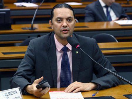 """Weliton Prado: """"é maldade, injustiça e crueldade a reforma da Previdência"""""""