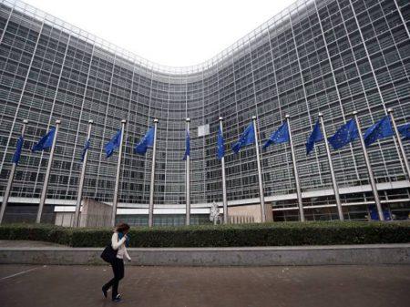 Frente Ampla pode barrar Merkel-boy na presidência da Comissão Europeia