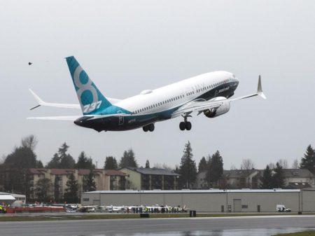 "FAA descobre nova falha que pode levar os Boeing 737 Max a ""mergulhar"""