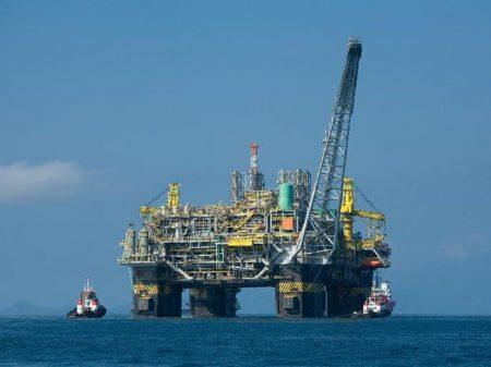 CEF: governo torra ações da Petrobrás