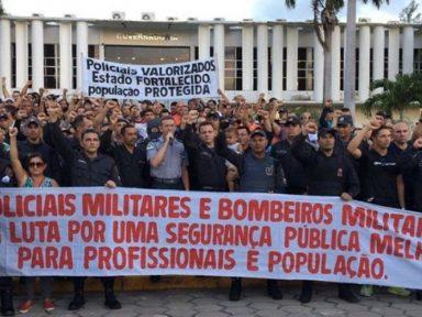 Policiais e bombeiros do RN entram em greve por reajuste de salários