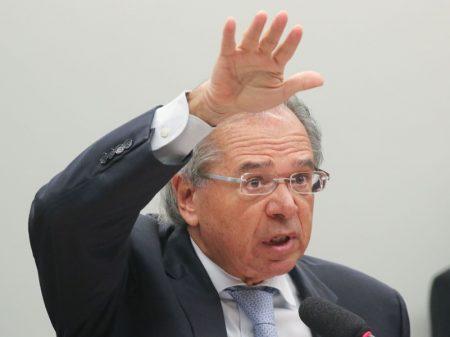Guedes diz que Brasil não precisa de servidor