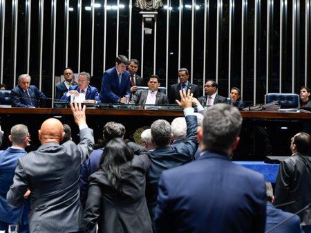 Senado derruba decreto das armas de Bolsonaro por 47 a 28