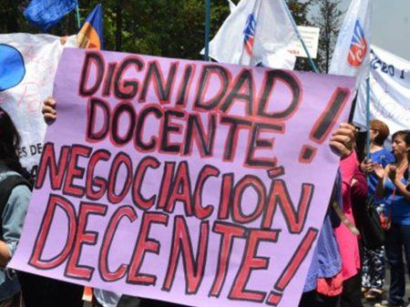 Chile: greve nacional em defesa da Educação Pública entra na 4ª semana
