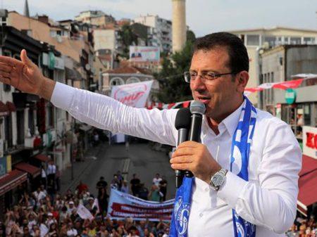 Com voto curdo, opositor amplia vantagem e se elege  prefeito de Istambul