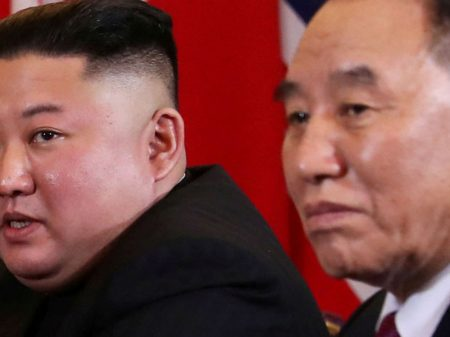 Chabu na fake news: 'expurgado' aparece com Kim Jong Un em Pyongyang
