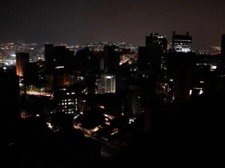 Apagão na Venezuela: engenheiros contestam versão de 'ataque eletromagnético'