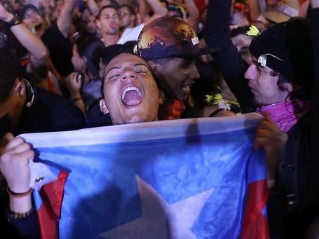 Porto Rico: povo celebra renúncia de governador implicado em corrupção