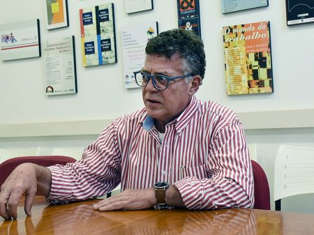 Professor da Unicamp adverte contra a desconstitucionalização e aumento da contribuição