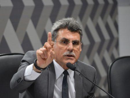 Justiça aceita denúncia contra Jucá por propina de R$ 1 milhão
