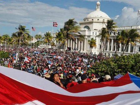 EUA: senador Bernie Sanders apoia levante contra o desgoverno em Porto Rico