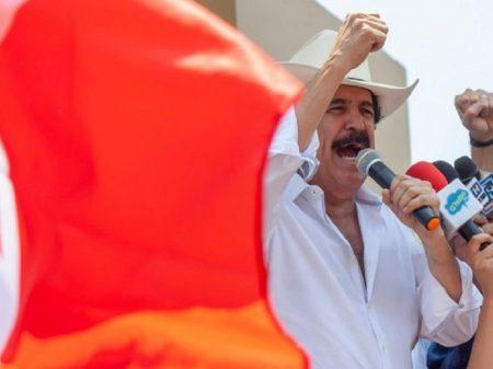 """Zelaya: """"Crise em Honduras exige o fim do governo ditatorial"""""""