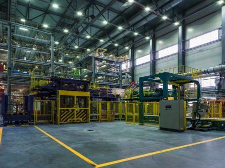 Produção industrial volta a cair em junho, diz CNI