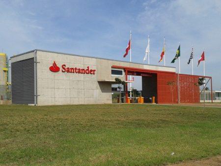 Lucro do Santander aumenta 20% no 2º trimestre