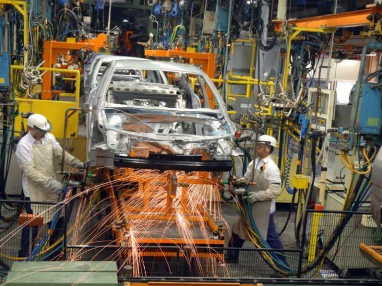 Indústria paulista fecha 13 mil postos de trabalho
