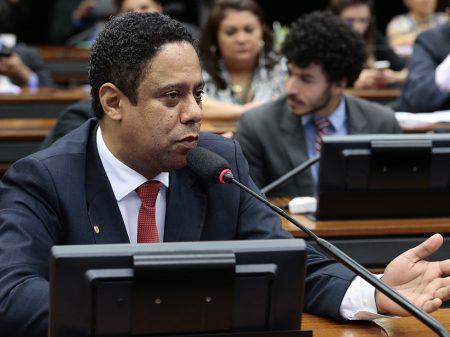 """Orlando Silva: """"a verdade é uma só, a recessão está de volta"""""""