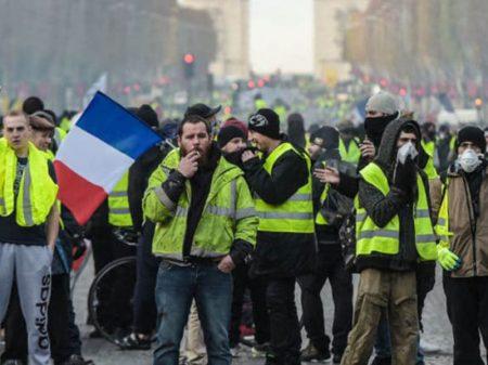 Macron é vaiado durante as comemorações do 14 de Julho