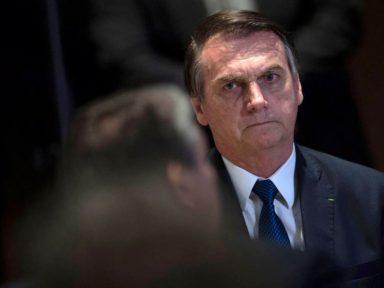Bolsonaro estrangula Coaf para impedir investigações sobre ilícitos do filho