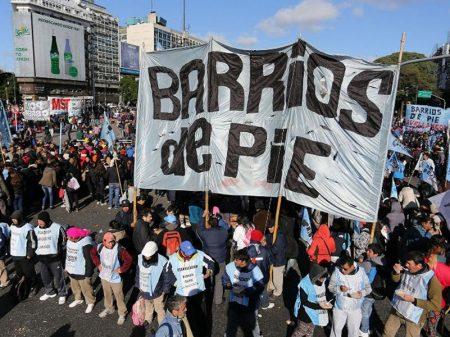 Argentina: manifestação por salário e emprego reúne multidão em Buenos Aires