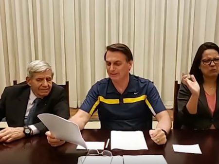 Bolsonaro volta a atacar Dória e Luciano Huck em vídeo