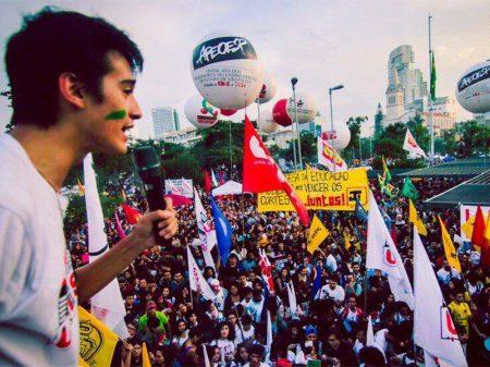 """""""Weintraub e Bolsonaro recuaram, mas não desistiram de implodir o Enem"""", denuncia presidente da UMES-SP"""