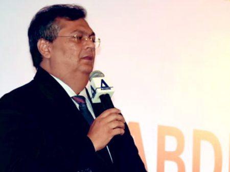 """Flávio Dino: """"defesa da soberania é cumprir as leis ambientais e não prepotência e grosseria"""""""