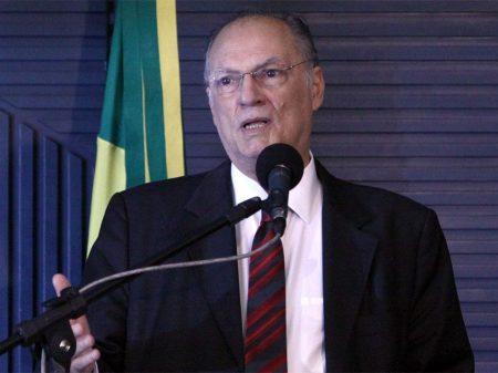 """Discriminar o Nordeste é """"crime e pode dar impeachment"""", adverte Roberto Freire"""