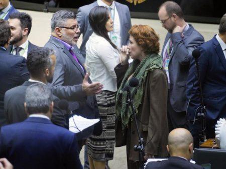 PSL de Bolsonaro decide expulsar Alexandre Frota