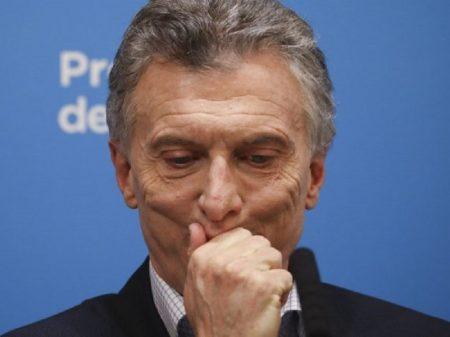 Macri insultou oposição e agora recua sob protestos de aliados