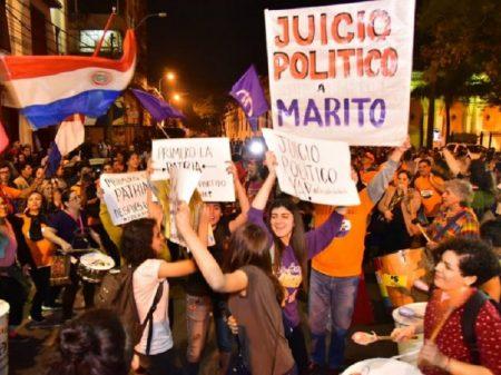 'Pacto de impunidade' adia impeachment e paraguaios ampliam pressão: 'Fora Marito!'