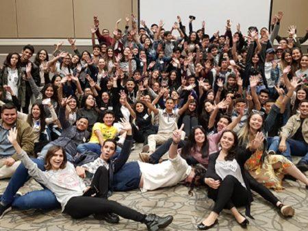 Paraguai: Encontro estudantil defende Itaipu e condena Abdo e Bolsonaro
