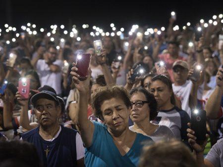 Campanha racista de Trump desemboca no morticínio de El Paso