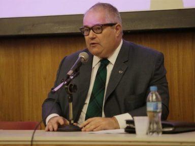 Secretário de Cultura pede demissão após Bolsonaro censurar produções